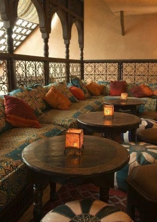 Awesome Arabian Living Room Ideas36