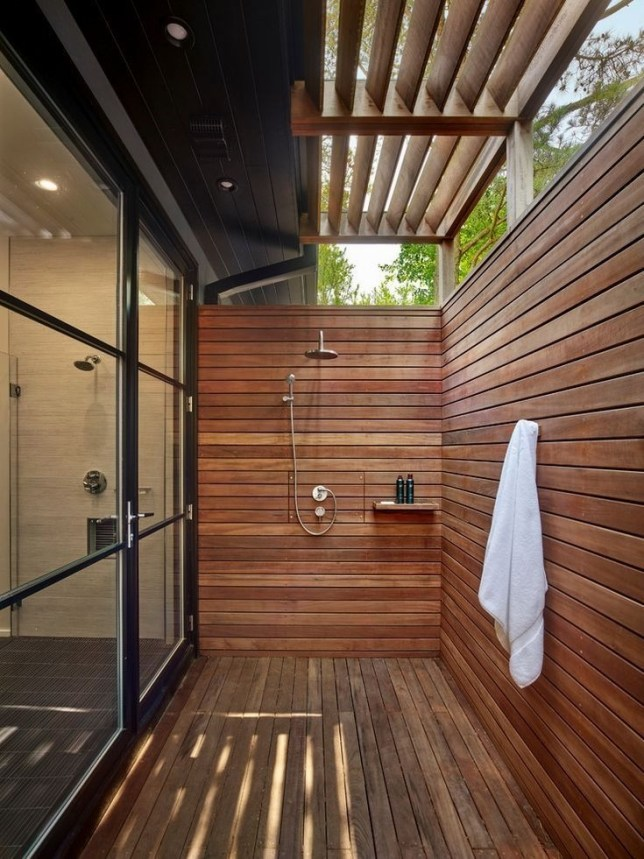 Awesome Outdoor Bathroom Ideas35