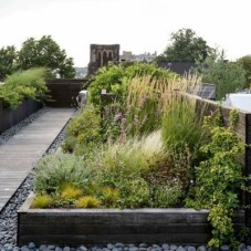 Awesome Rooftop Garden Ideas03