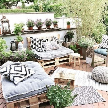 Awesome Rooftop Garden Ideas15