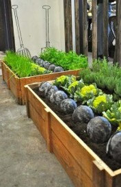 Awesome Rooftop Garden Ideas28