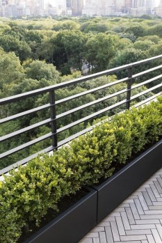 Awesome Rooftop Garden Ideas34