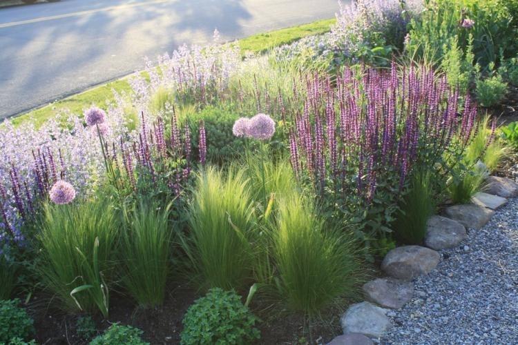 Fresh Ideas Frontyard Garden18