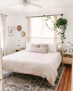 Luxury And Elegant Apartment Bed Room Ideas29