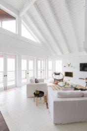Modern Beach House Ideas09
