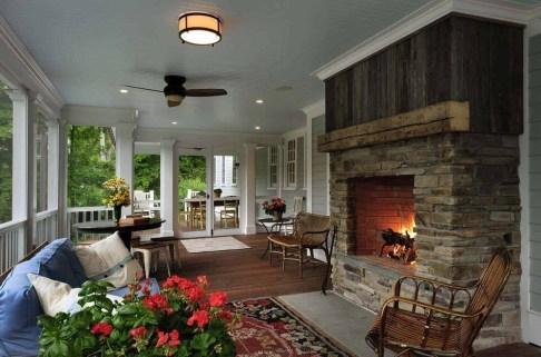 Traditional Porch Decoration Ideas27