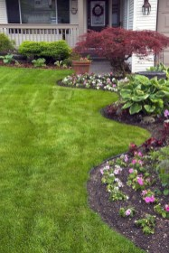 Beautiful Simple Front Yard Landscaping Design Ideas13