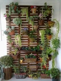 Cozy And Beautiful Green Balcony Ideas20