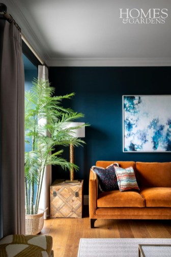 Cozy And Luxury Blue Living Room Ideas43