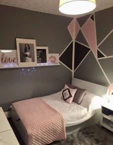 Efficient Dorm Room Organization Ideas29