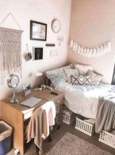 Efficient Dorm Room Organization Ideas31