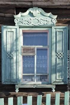 Elegant Carved Wood Window Ideas15