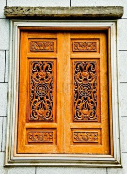Elegant Carved Wood Window Ideas24