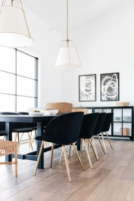 Luxurious Black And Gold Dining Room Ideas For Inspiration10
