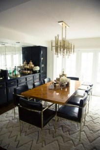 Luxurious Black And Gold Dining Room Ideas For Inspiration20