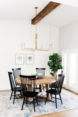 Luxurious Black And Gold Dining Room Ideas For Inspiration26