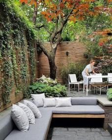 Luxury And Elegant Backyard Design04