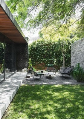 Luxury And Elegant Backyard Design09
