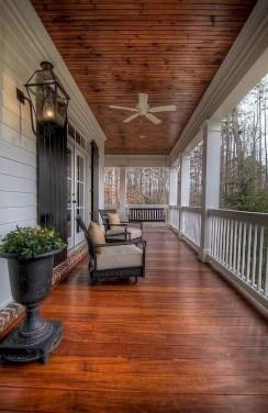 Luxury And Elegant Porch Design34