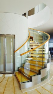 Luxury Glass Stairs Ideas14