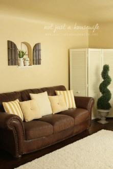 Extraordinary Yellow Living Room Ideas06