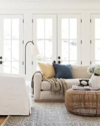 Magnifgicent Traditional Living Room Designs13