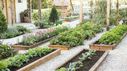 Lovely Backyard Garden Design Ideas11