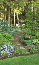 Lovely Backyard Garden Design Ideas13