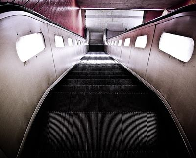 escalator induction