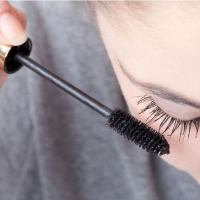 A Quick Guide On How To Remove Mascara From Clothing