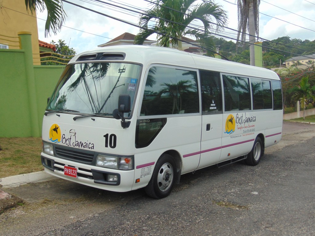 Airport Shuttle to Riu Jamaica
