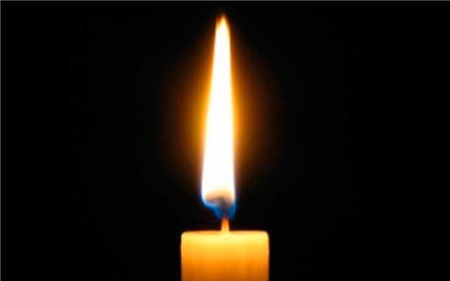 Как очистить дом с помощью свечи церковной