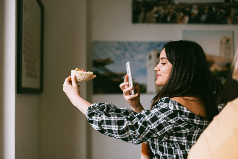 food-pizza-woman-beautiful-3326713