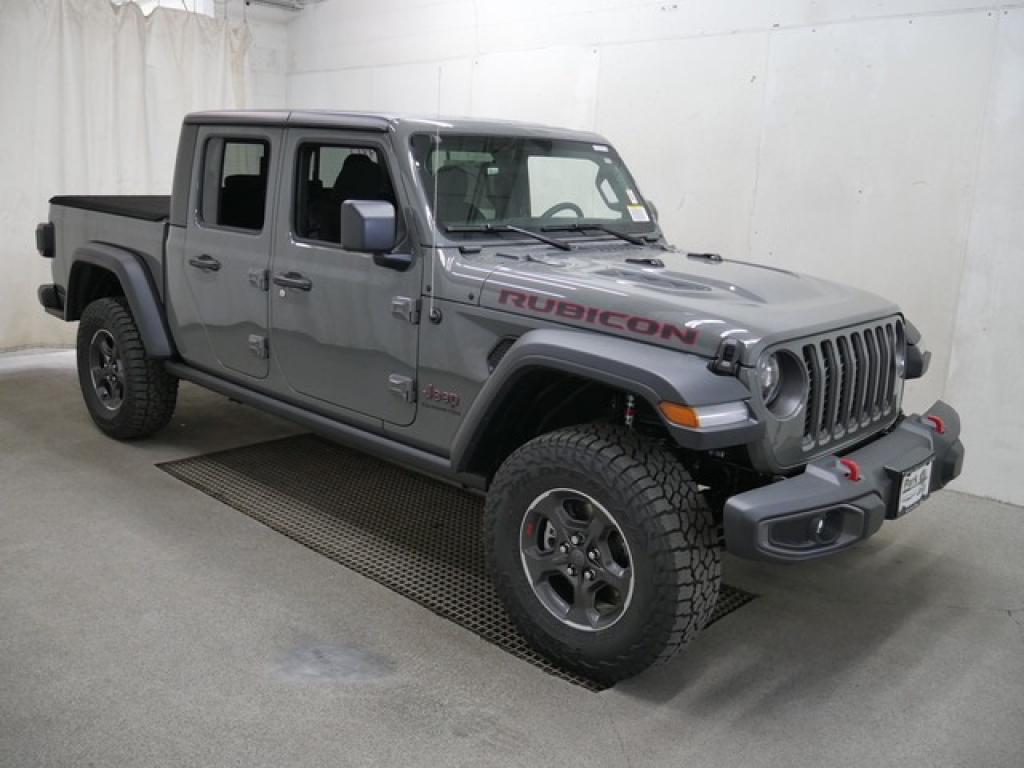 2022 Jeep Gladiator 2 Door Drivetrain