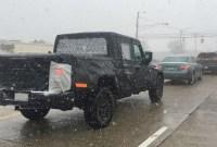 2022 Jeep Gladiator Spy Photos