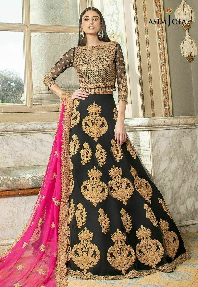 Pakistani Mehndi Clothes