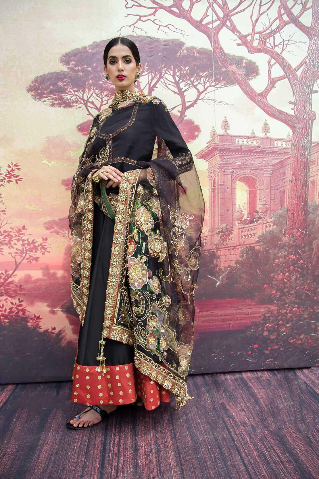 Black anarkali dress by Saira Rizwan