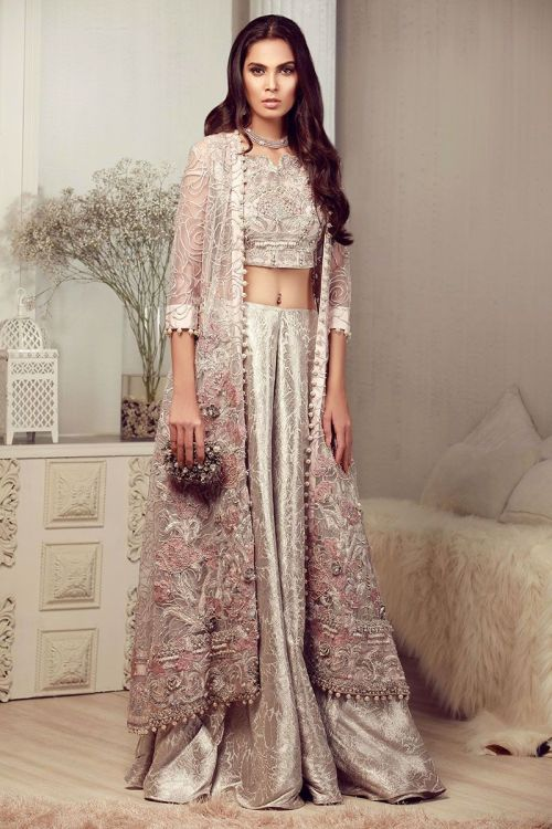 dresses for mehndi function for bridesmaids
