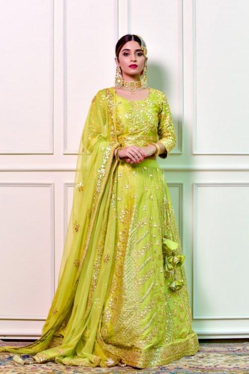yellow green mehndi dresses by Sanobar Azfar