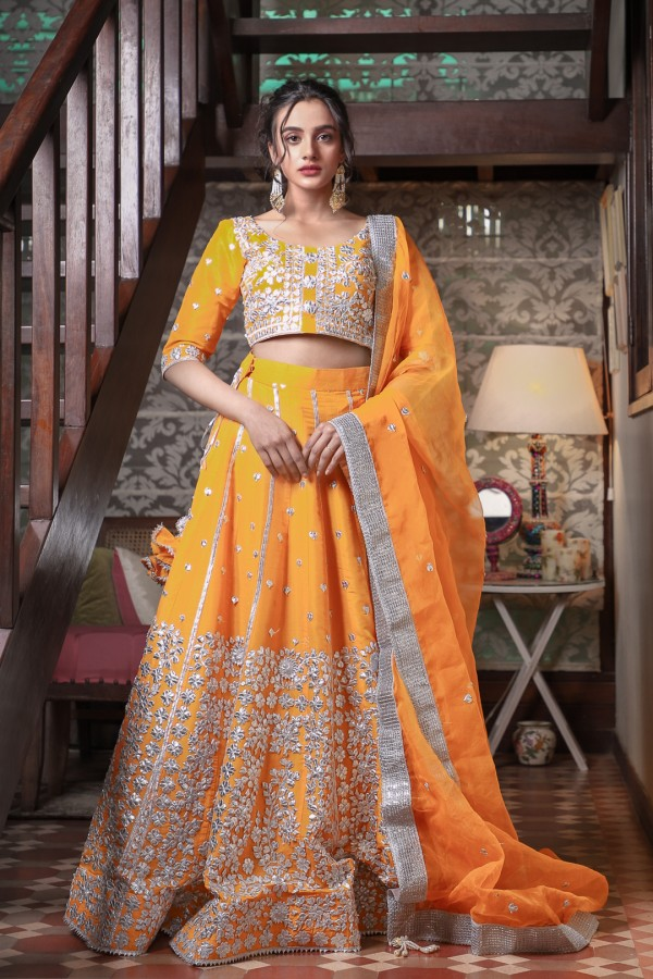 Mehndi Dress for Girls 2021