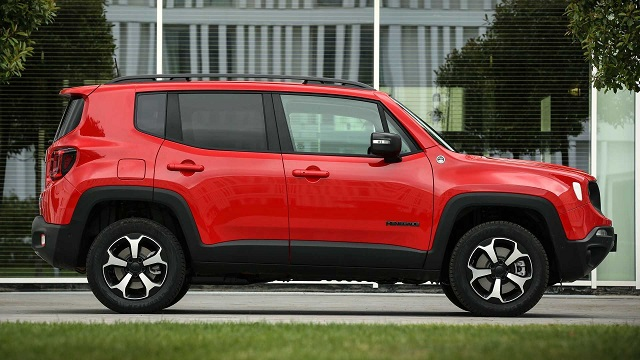 2022 Jeep Renegade side view