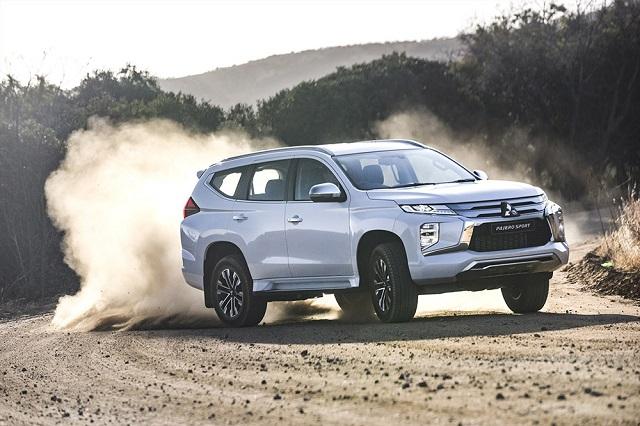 2022 Mitsubishi Pajero Sport drive