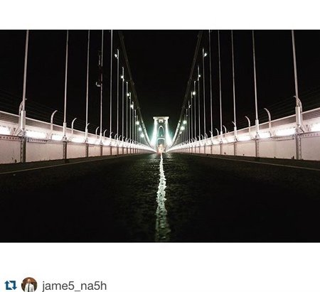 clifton suspension bridge lights at night