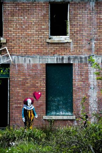 clown painting on barrow gurney hospital