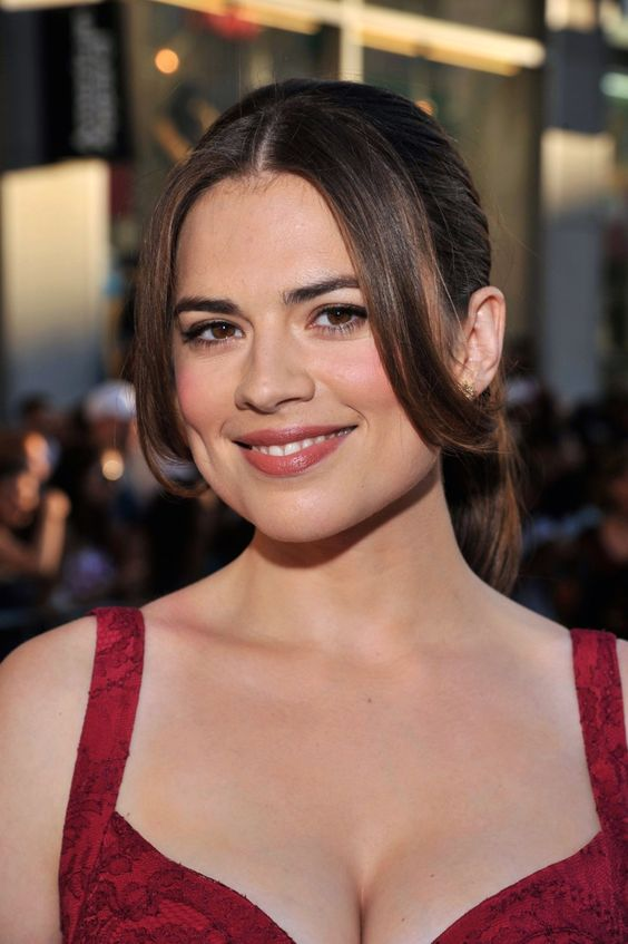 Hayley Atwell cute smile