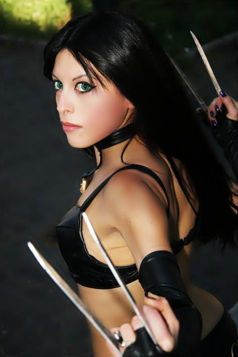 X-23 Cosplays Sexy Pictures
