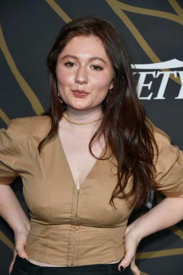 Emma Kenney Hot Pictures