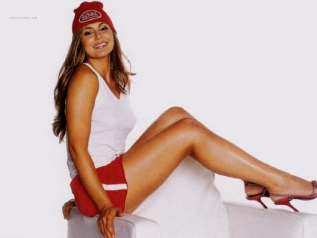 Cerina Vincent Hot Feet