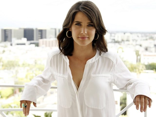 Cobie Smulders Awesome