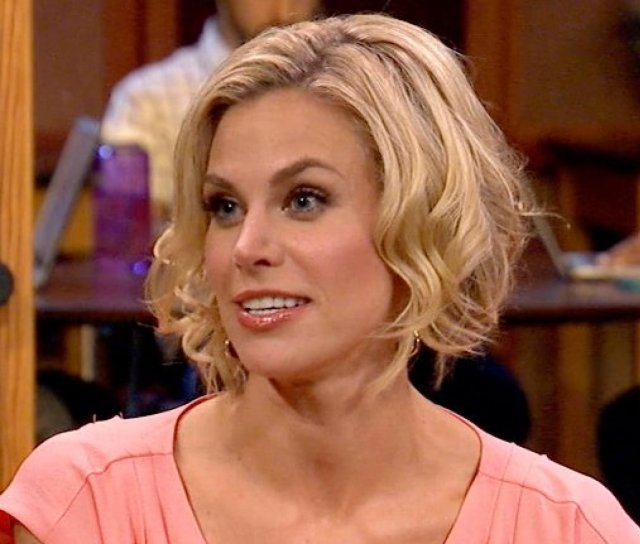 brooke burns blonde hair